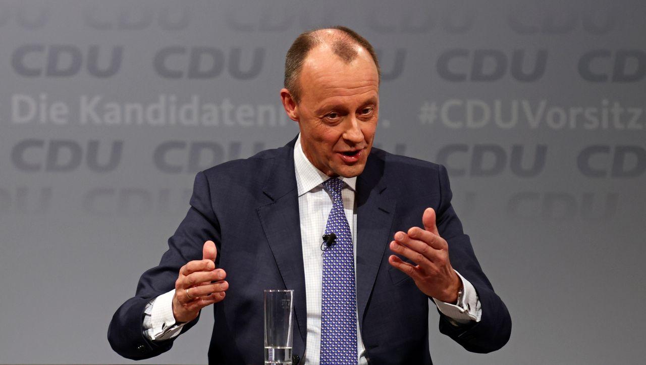 Corona: Friedrich Merz fordert rasches Shutdown-Ende für kleine Firmen – DER SPIEGEL – Politik