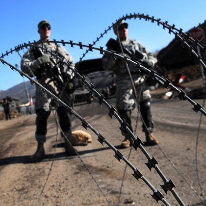 """Kfor-Soldaten an der Grenze von Serbien und Kosovo: """"Einzige legale und legitime Ordnungskraft in der Region"""""""