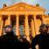Düpiert vor dem Reichstag