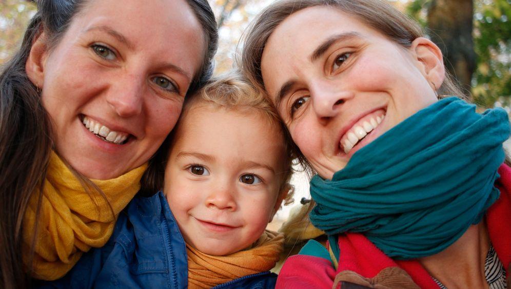 Mutter, Mutter, Kind: Es hat gedauert, bis sie offiziell eine Familie waren