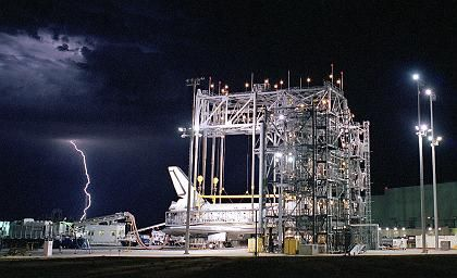 """Space Shuttle """"Discovery"""" im letzten August: Auch diesmal wieder Verzögerungen wegen defekter Treibstoffsensoren"""