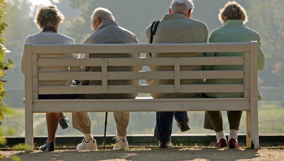 Rentner: Teure Geschenke der Großen Koalition