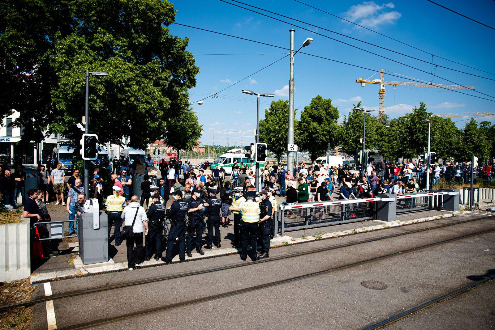 Querdenker Demo auf dem Wasen - Michael Ballweg kündigt an keine Demonstrationen mehr zu Organisieren - Ballweg gibt St