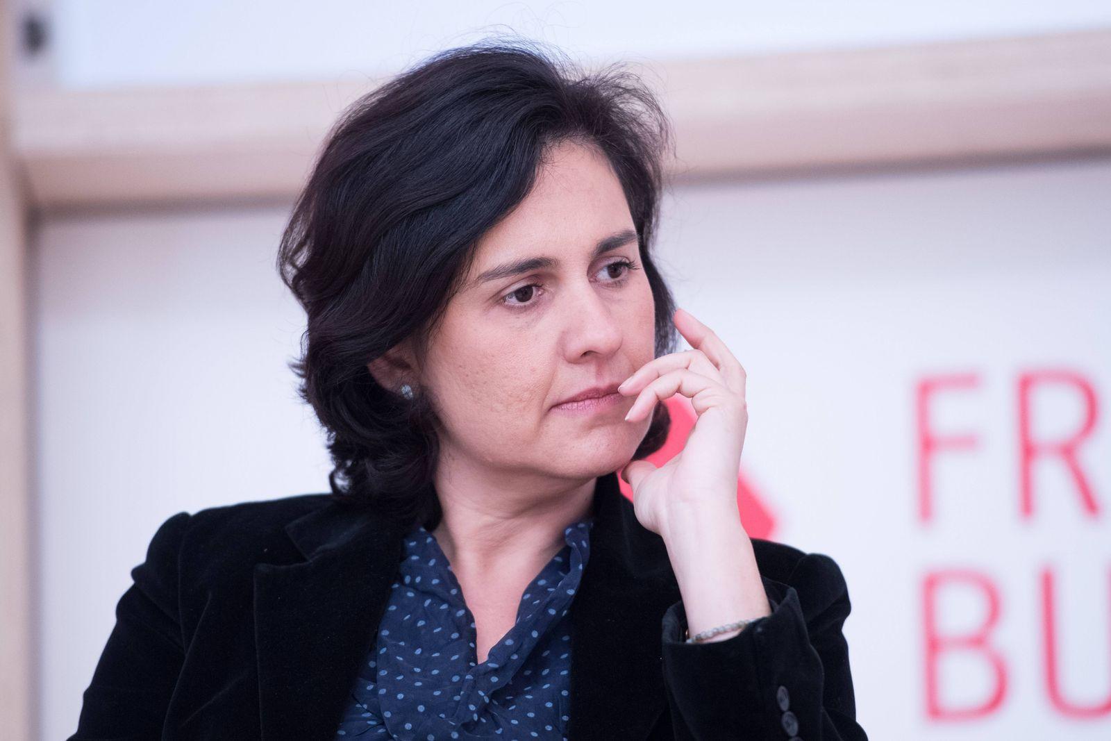 EINMALIGE VERWENDUNG Kamila SHAMSIE
