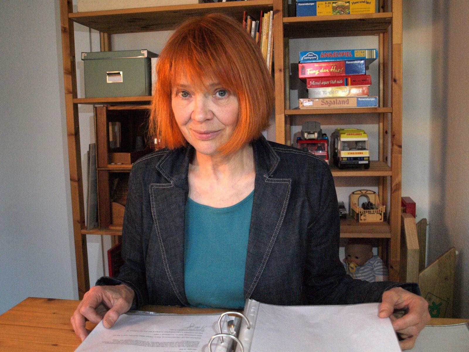 EINMALIGE VERWENDUNG Psychologin Lisa Hase