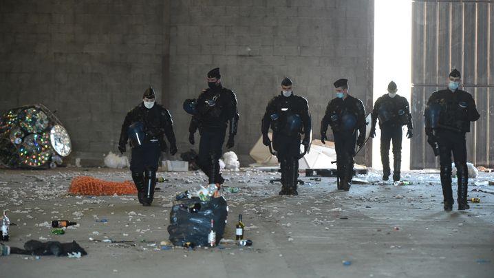 Illegaler Rave in der Bretagne