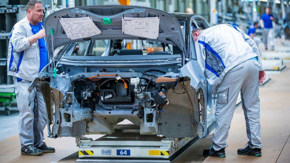 VW-Montageband für das E-Auto ID.3: E-Mobilität könnte Hunderttausende Arbeitsplätze in Deutschland kosten