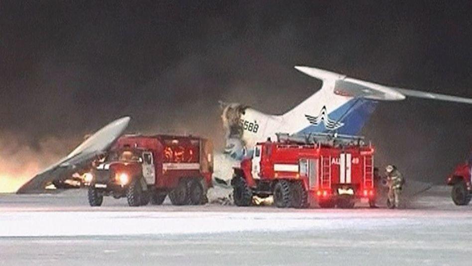 Explodiertes Flugzeug (Video-Standbild): Panik an Bord