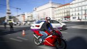 Autofahrer sollen ohne Prüfung Motorräder fahren dürfen