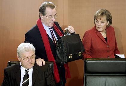 """Steinmeier und Müntefering: """"Nicht gefühllos"""""""