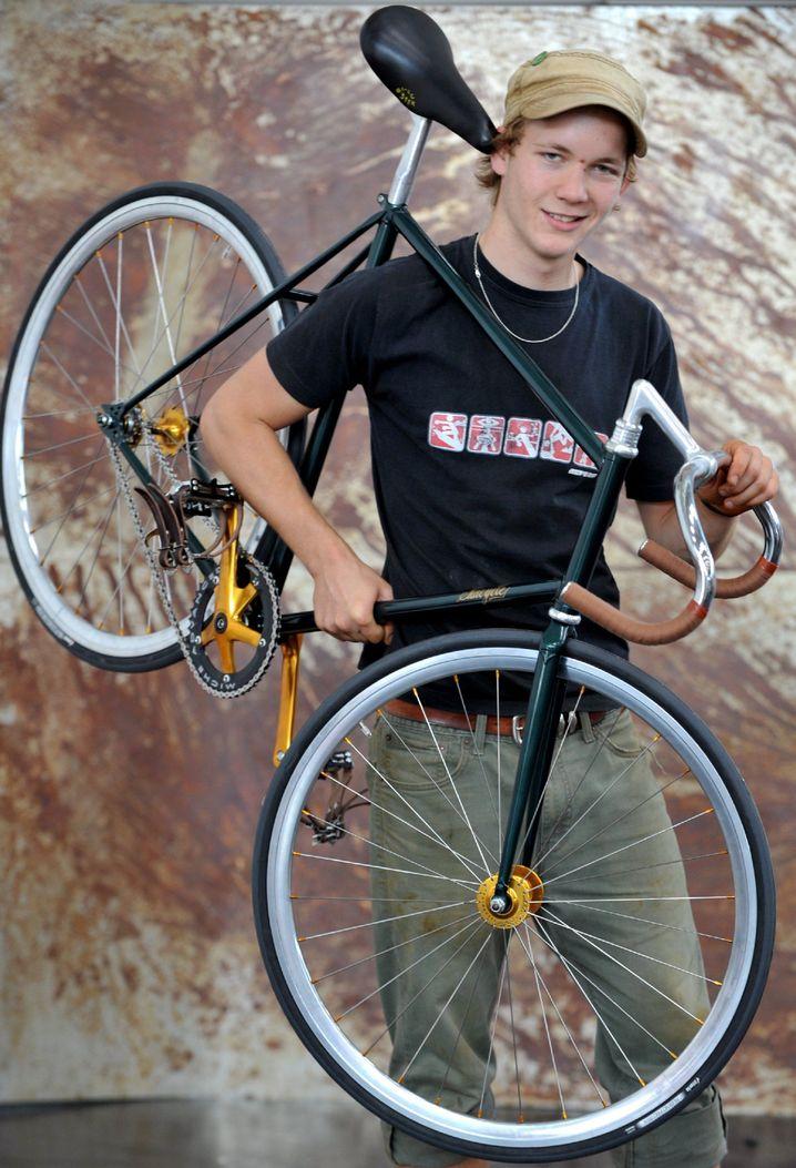Ultraleichtes Fixed-Gear-Rad: Fixies sind Räder mit starrer Nabe und sind meist extrem spartanisch ausgestattet. Vor allem bei Fahrradkurieren sind die schlichten Modelle beliebt