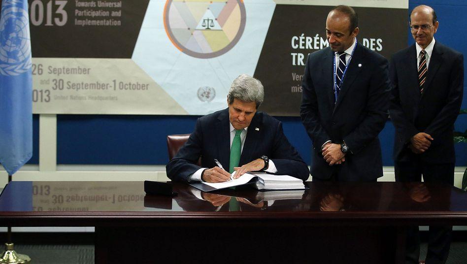 US-Außenminister Kerry: Historische Unterschrift unter Waffenabkommen