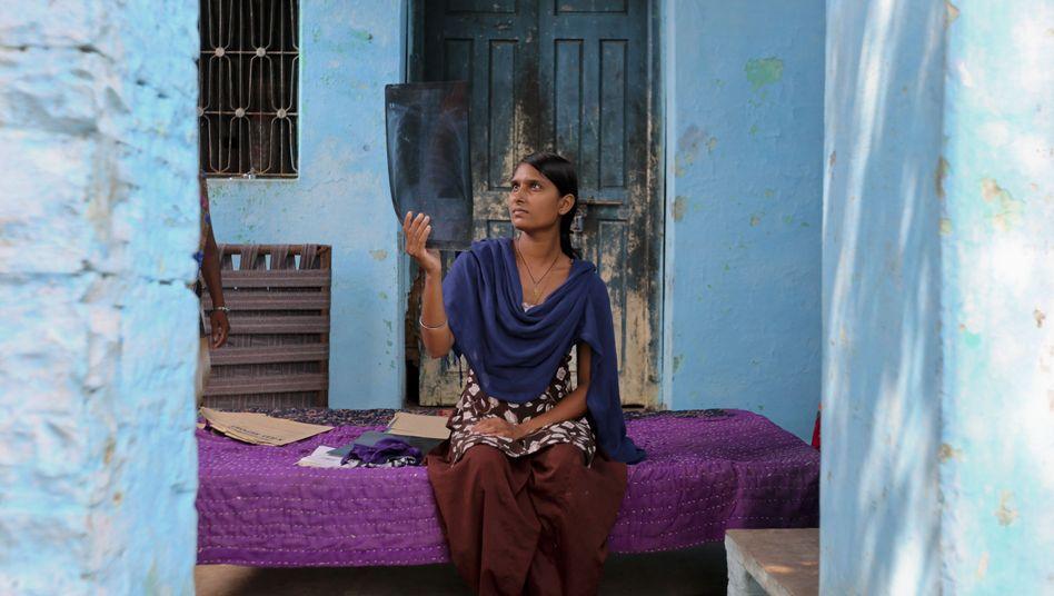 """Silikose-Patientin Yadav: """"Die Ärzte wussten nicht, was ich habe"""""""