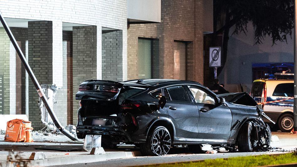 Unfallstelle in Frankfurt am Main: Möglichst effektvoll Vollgas geben