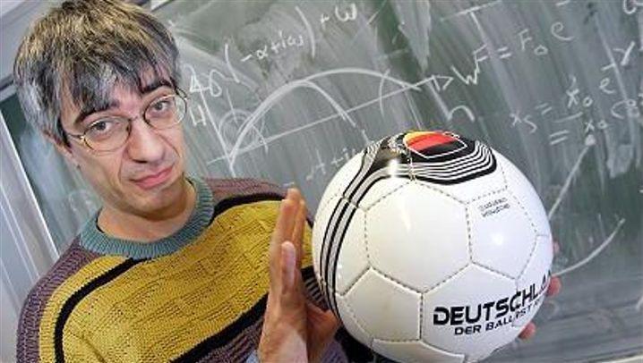 Physik, Mathe, Medizin: Was Wissenschaft über Fußball weiß