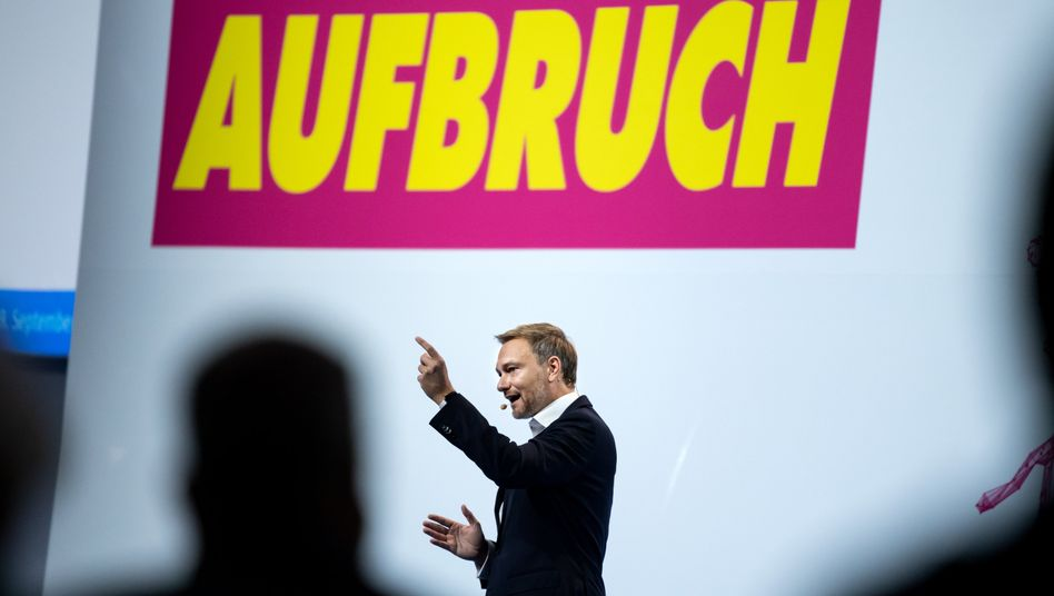 Christian Lindner beim Bundesparteitag der Freien Demokraten in Berlin