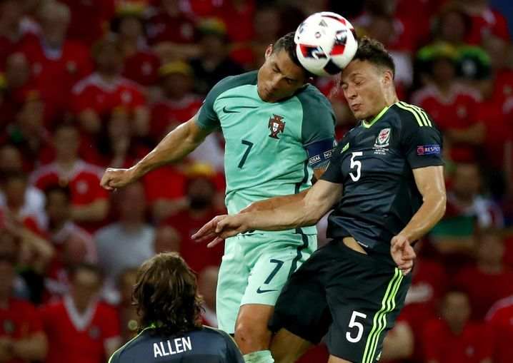 """Halbfinalspiel Portugal gegen Wales: """"Den Mangel an Qualität durch Athletik ausgeglichen"""""""