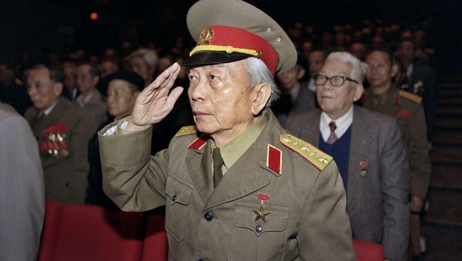 General Vo Nguyen Giap (hier im Jahr 1996): Nationalheld Vietnams stirbt im Alter von 102 Jahren