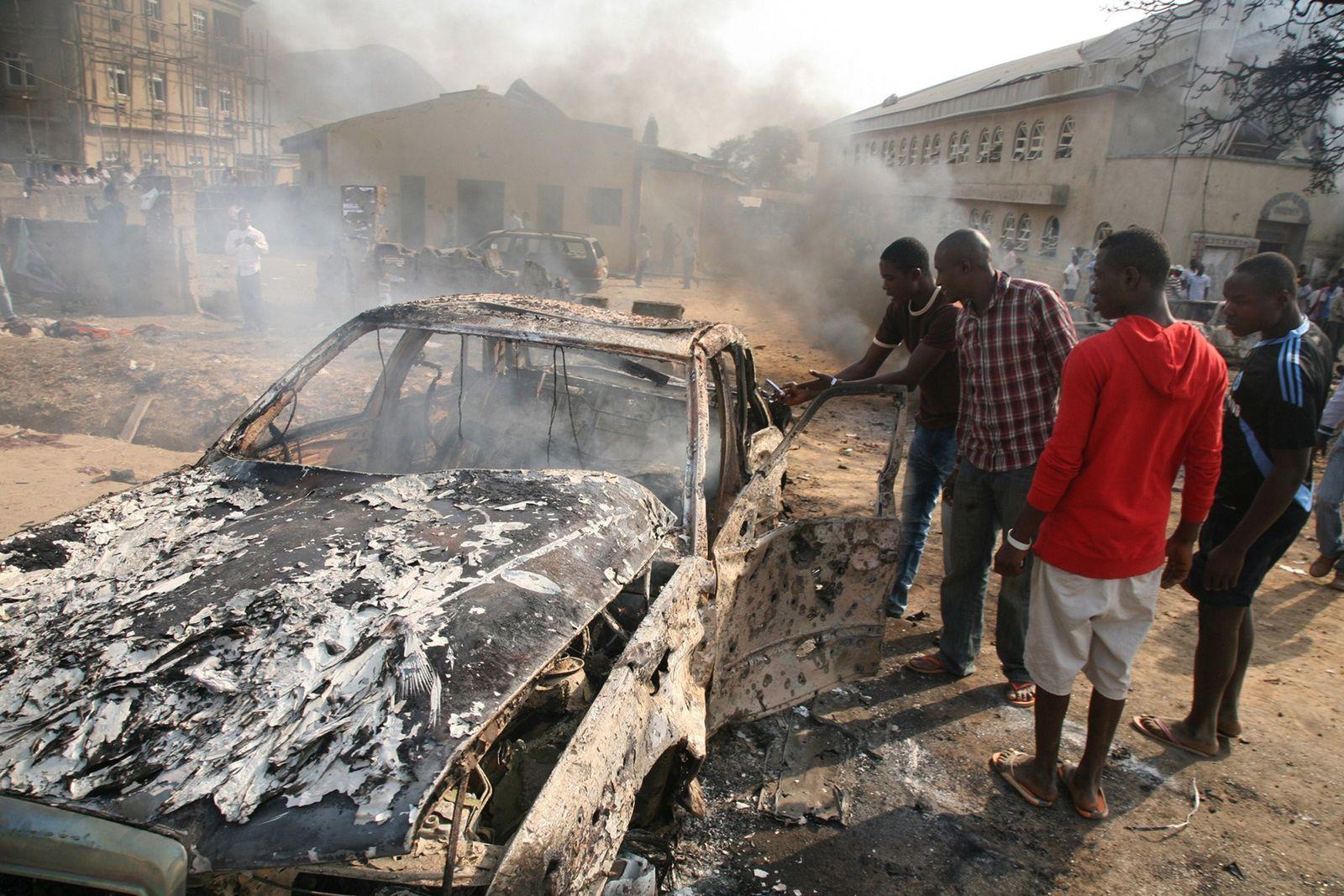 Nigeria / Anschläge XXL