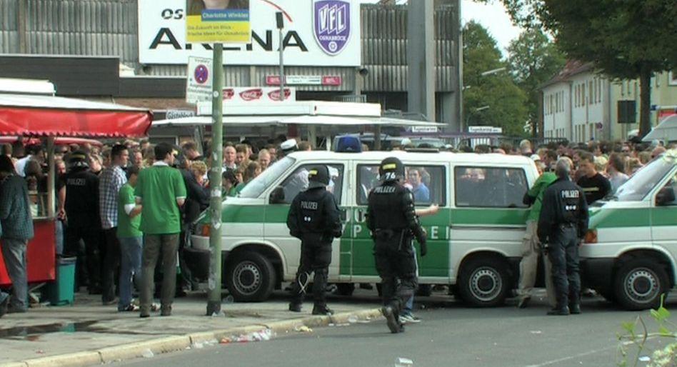 Polizeieinsatz nach dem Knallkörper-Wurf: Hohe Haftstrafe für den Täter