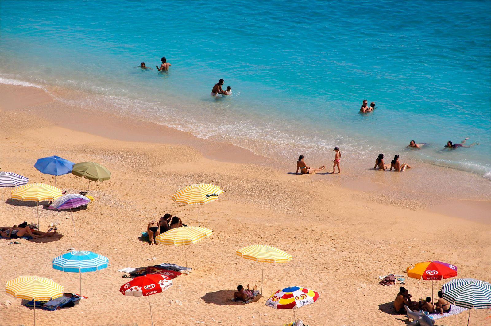 On the Beach near Kas, Turkey. PUBLICATIONxNOTxINxUAExKSAxQATxLIBxKUWxOMAxBRN Copyright: xJDxDallet/arabianEyex JDD6111