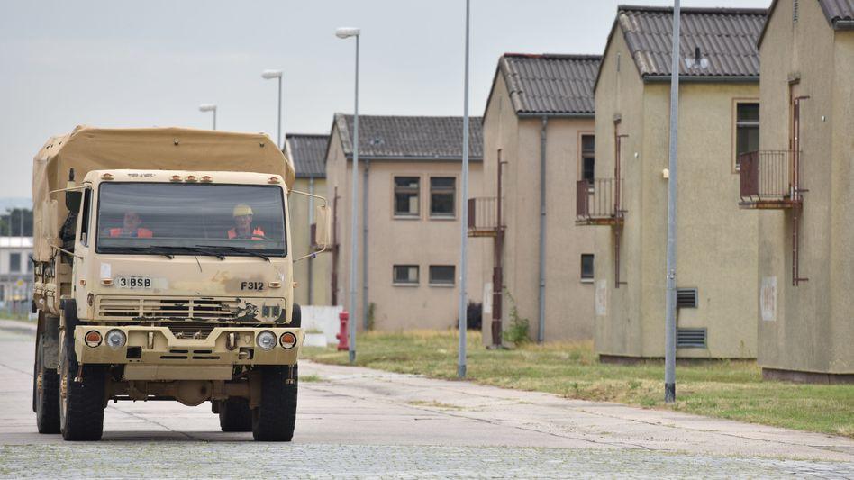 Militärfahrzeug auf dem Gelände der Coleman Barracks in Mannheim