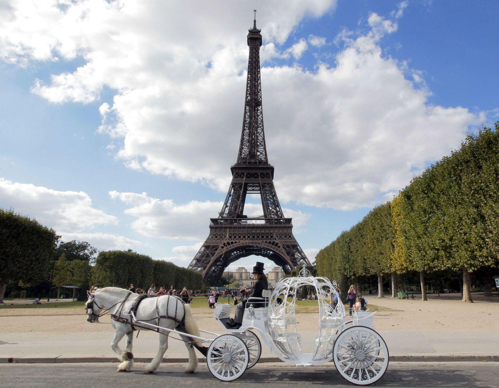 Städtetrip/ Paris/ Abgeordneten-Reisen/ Eiffelturm