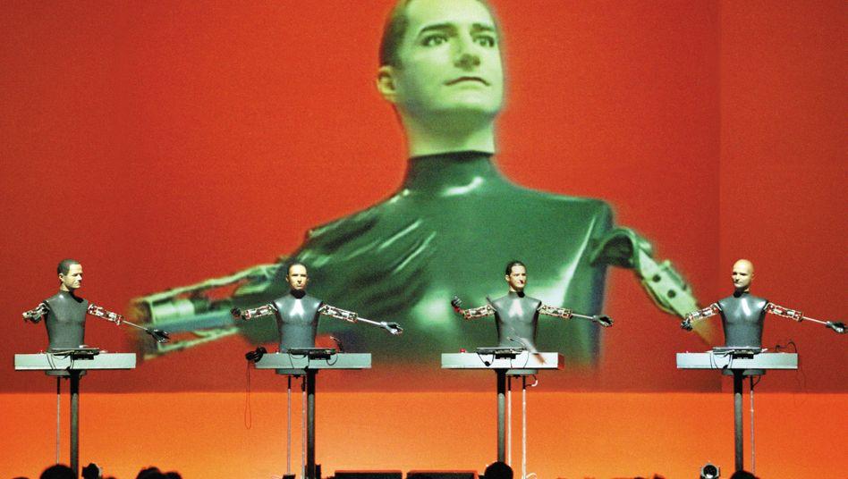 Kraftwerk-Auftritt 2004: Auch in die Geschichte des US-Hip-Hop eingeschrieben