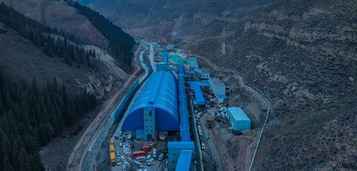 China: Bergleute in überflutetem Bergwerk eingeschlossen