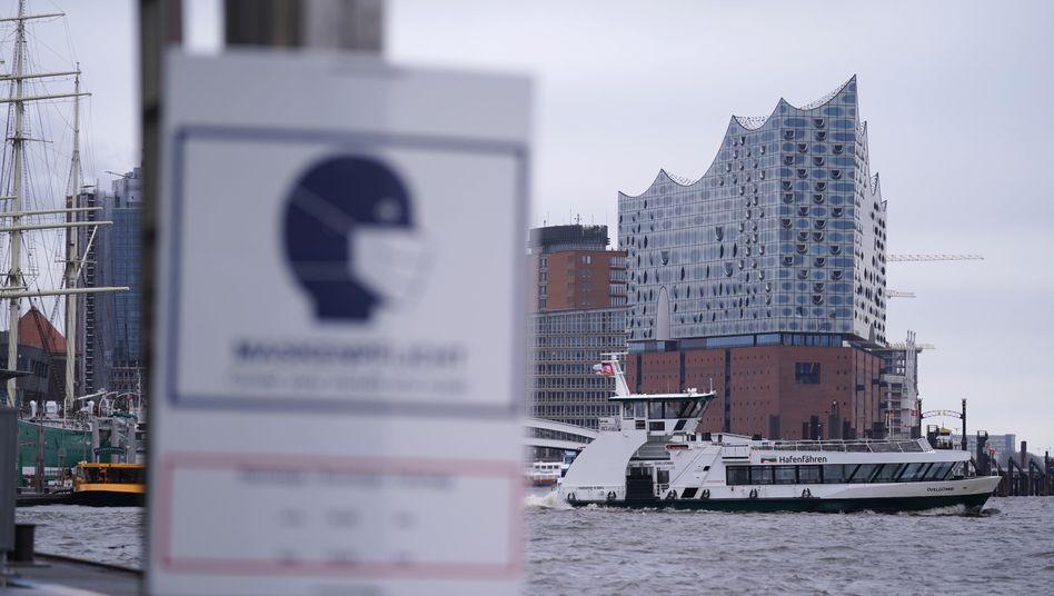 Maskenpflicht in Hamburg »zwischen und einschließlich den Hausnummern 135 beziehungsweise 146 und den Hausnummern 183 beziehungsweise 188«