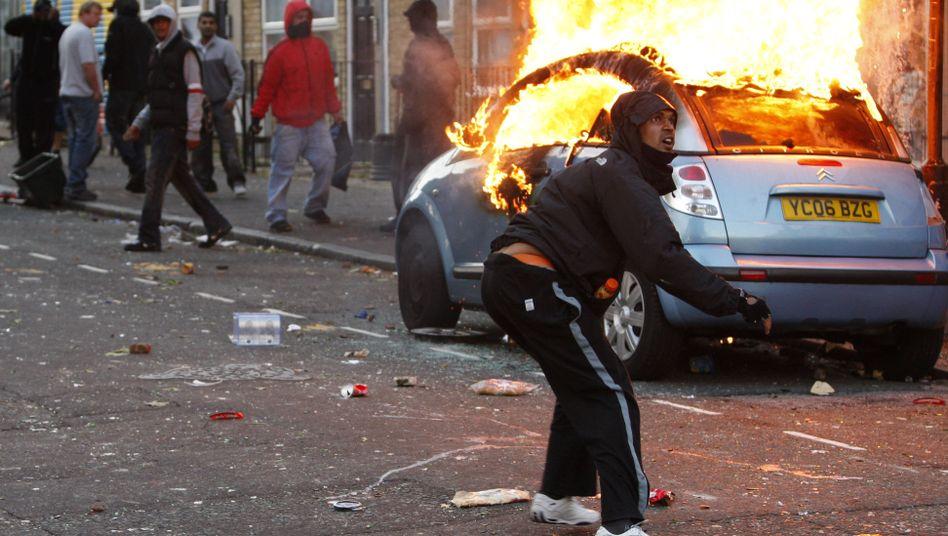 Gewaltwelle: Randalierer verwüsten Londoner Stadtteile