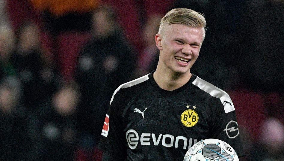 Erling Haaland dürfte bei Borussia Dortmund in die Startelf rutschen
