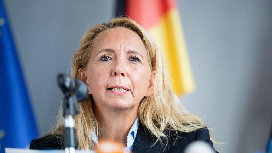 """Polizeipräsidentin Barbara Slowik: """"Handeln Sie bitte verantwortungsbewusst"""""""