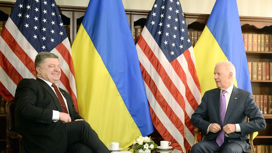 Kennen und schätzen einander: Petro Poroschenko und Joe Biden (Archiv)