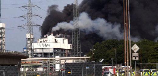 Leverkusen: Schwere Explosion im Chempark - Video