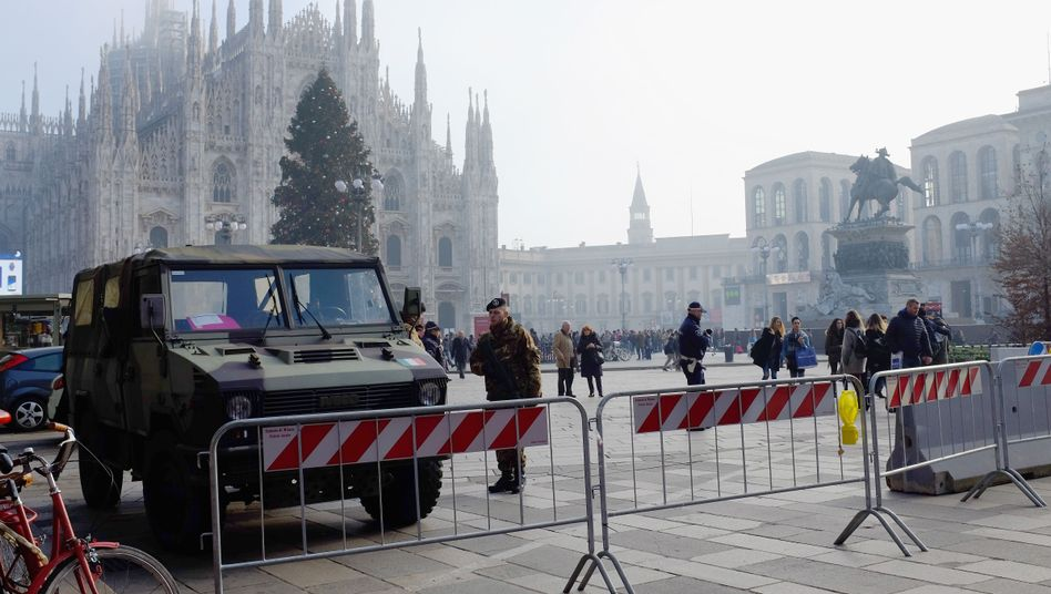 Soldiers guard Milan's Duomo cathedral