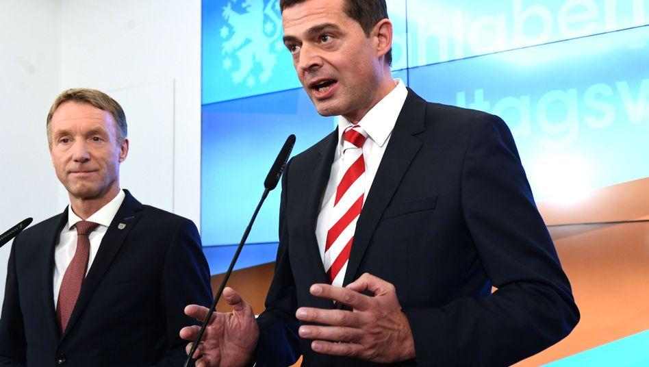 Der Chef der CDU Thüringen, Mike Mohring (re.), neben ihm Landesgeneralsekretär Raymond Walk