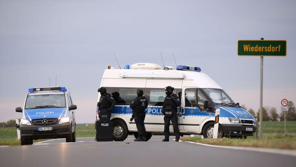 Polizei in der Nähe von Halle: