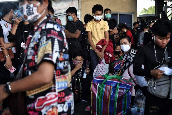 Thailand: Am Mo Chit Bus Terminal in Bangkok kam es zu chaotischen Szenen