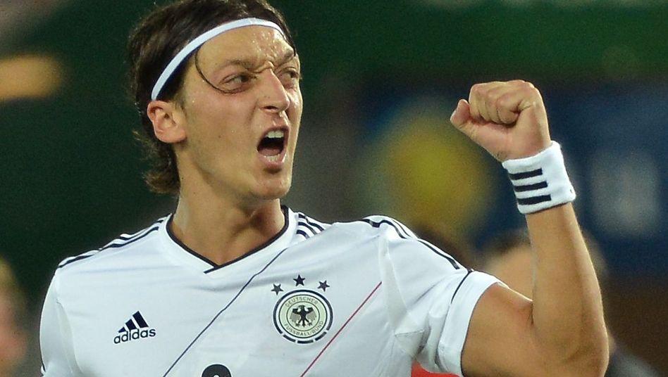 """Nationalspieler Özil: """"Habe eigentlich gespürt, dass wir eine Einheit waren"""""""