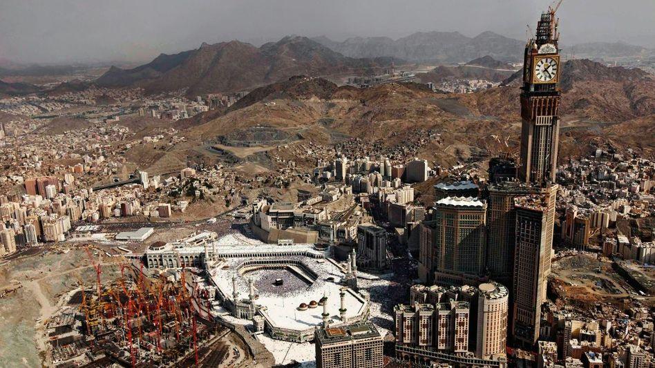 Große Moschee mit Kaaba, Shopping- und Hotelkomplex in Mekka