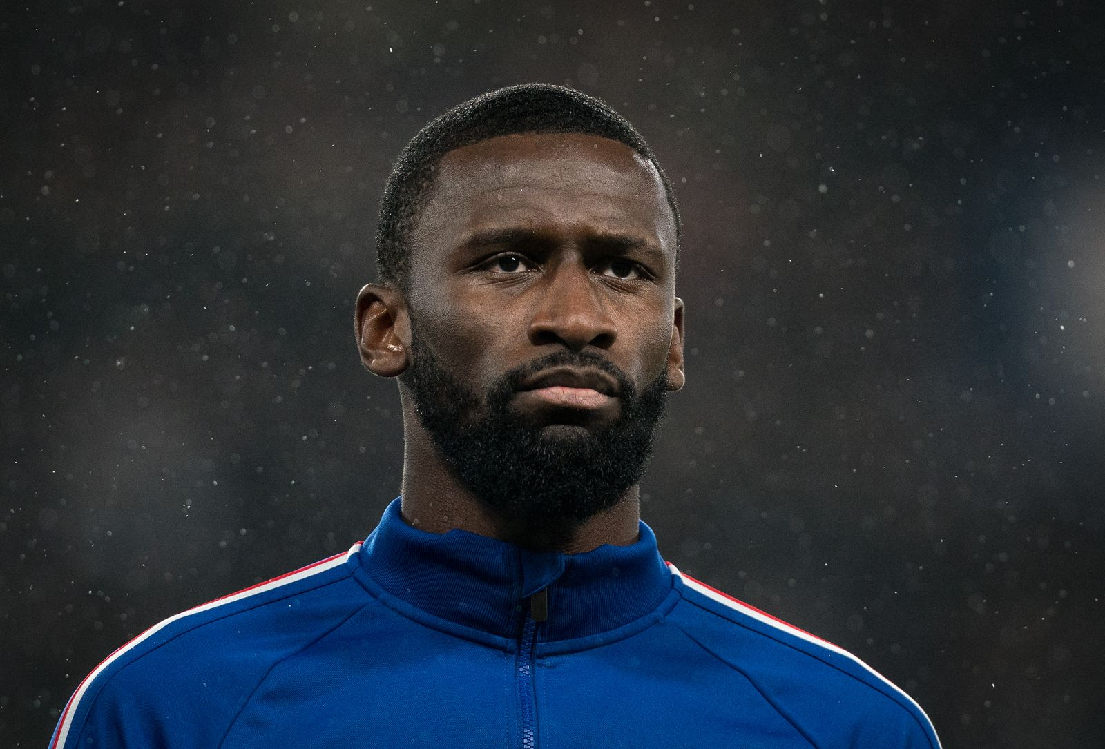 Antonio Rüdiger of Chelsea pre match during the UEFA Champions League match between Chelsea and Lille Olympique Sportin
