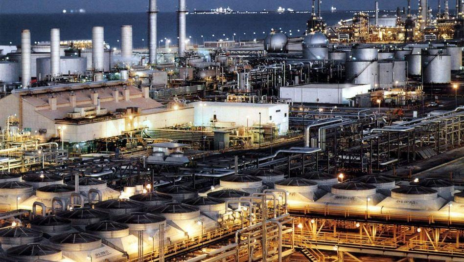 Erdölraffinerie in Saudi-Arabien