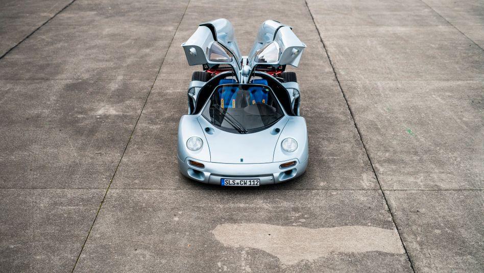 Bei RM Sotheby's wird ein Kleinod deutscher Ingenieurskunst versteigert: Der Supersportwagen Isdera Commendatore 112i aus dem Jahr 1993