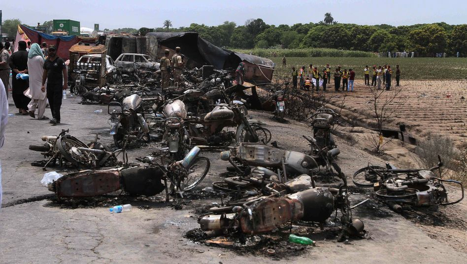 Unglücksort in der Nähe der pakistanischen Stadt Bahawalpur
