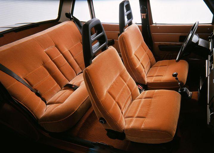 Gemütlich wie auf dem heimischen Sofa: Das Interieur des Volvo 240.