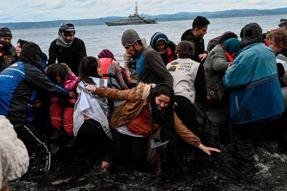 Ankunft unter Tränen: Afghanische Flüchtlinge haben es nach Lesbos geschafft