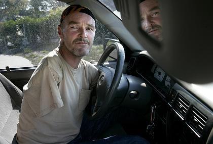 Michael Wiley am Steuer (Archivbild vom Juni 2006): Dem Verkehrssünder droht Knast