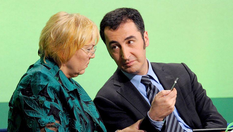 Parteichefs Roth, Özdemir: Netzpolitisch sieht man sich den Piraten voraus