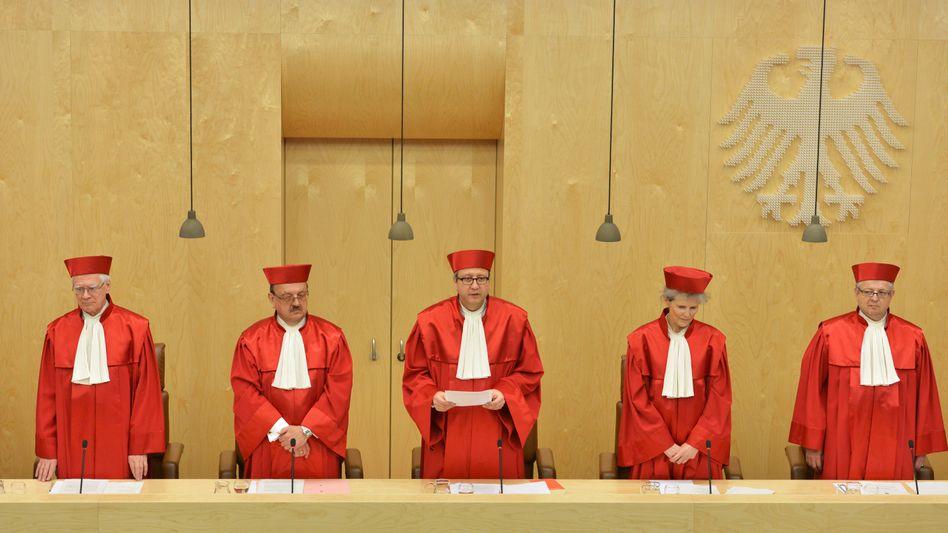 Entscheidung in Karlsruhe: Verfassungsgericht billigt Deal im Strafprozess